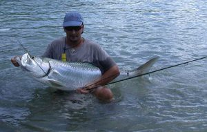 broken-flyrod-catching-big-ft-myers-tarpon.jpg